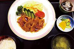ピリ辛生姜焼き定食